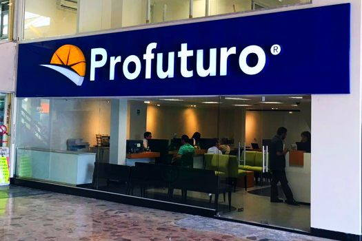 Recibe Profuturo Distintivo Plata de Morningstar