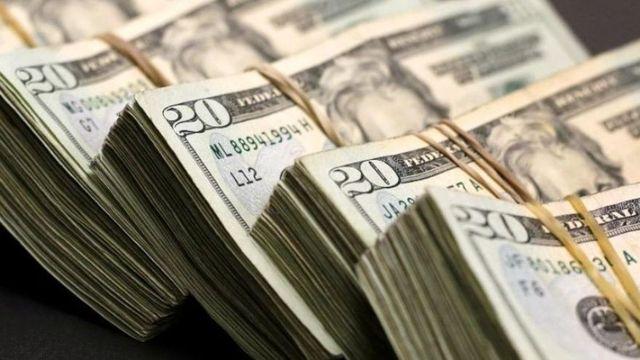 Dólar  se vende en 19.34 pesos en bancos