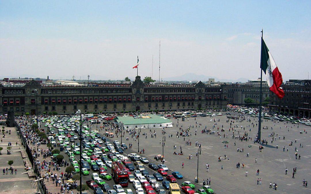 Cerrarán fines de semana la circulación vehícular en el Zócalo