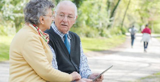 Continúa en mayo otorgamiento de pensión para adultos mayores