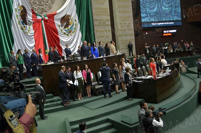 Realizan sesión de Congreso para apertura de periodos Extraordinarios