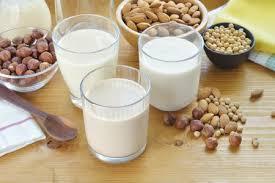 Analiza Profeco aporte nutrimental de bebidas vegetales
