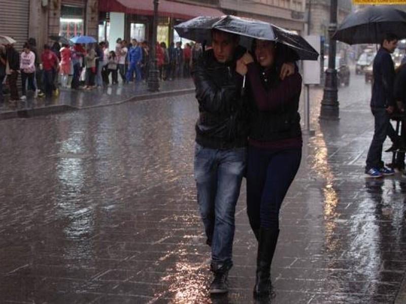 Prevén lluvias fuertes al sur y poniente de la CDMX