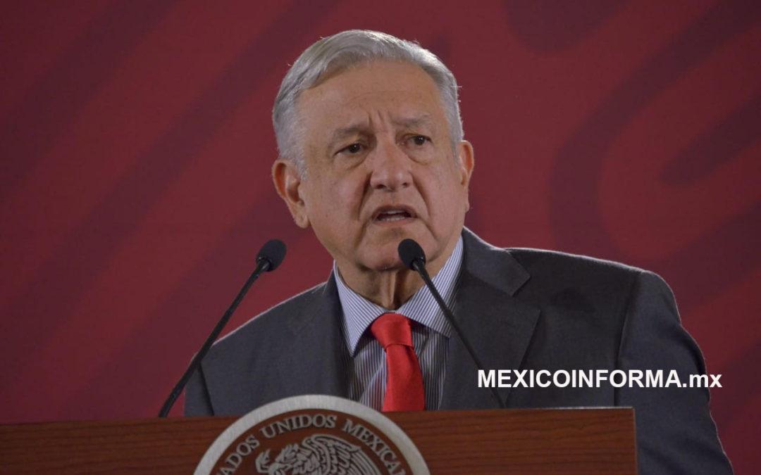 Convoca AMLO unidad de  defensa de la dignidad de México