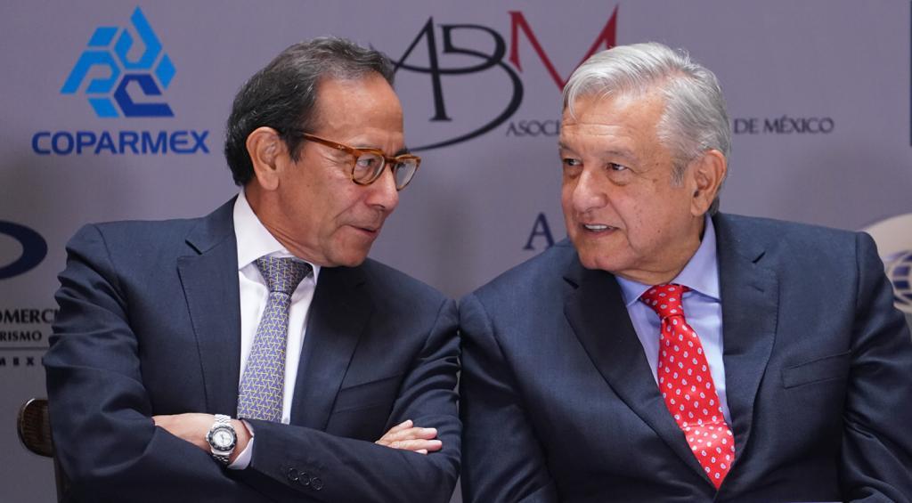 Empresarios piden a AMLO retirar obstáculos a la inversión