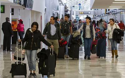 Aumenta movimiento de pasajeros en terminal aérea capitalina