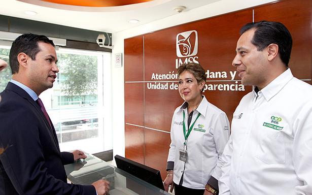 Abre IMSS convocatoria para 6 mil médicos y 3 mil enfermeras