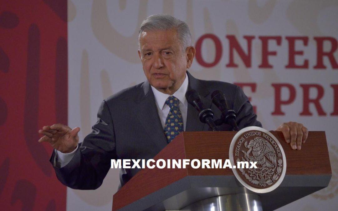 Elimine evaluación a maestros, sin presión de nadie: López Obrador