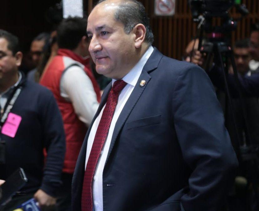 """Propone PT incorporar a Constitución """"Presidenta"""" por equidad de género"""