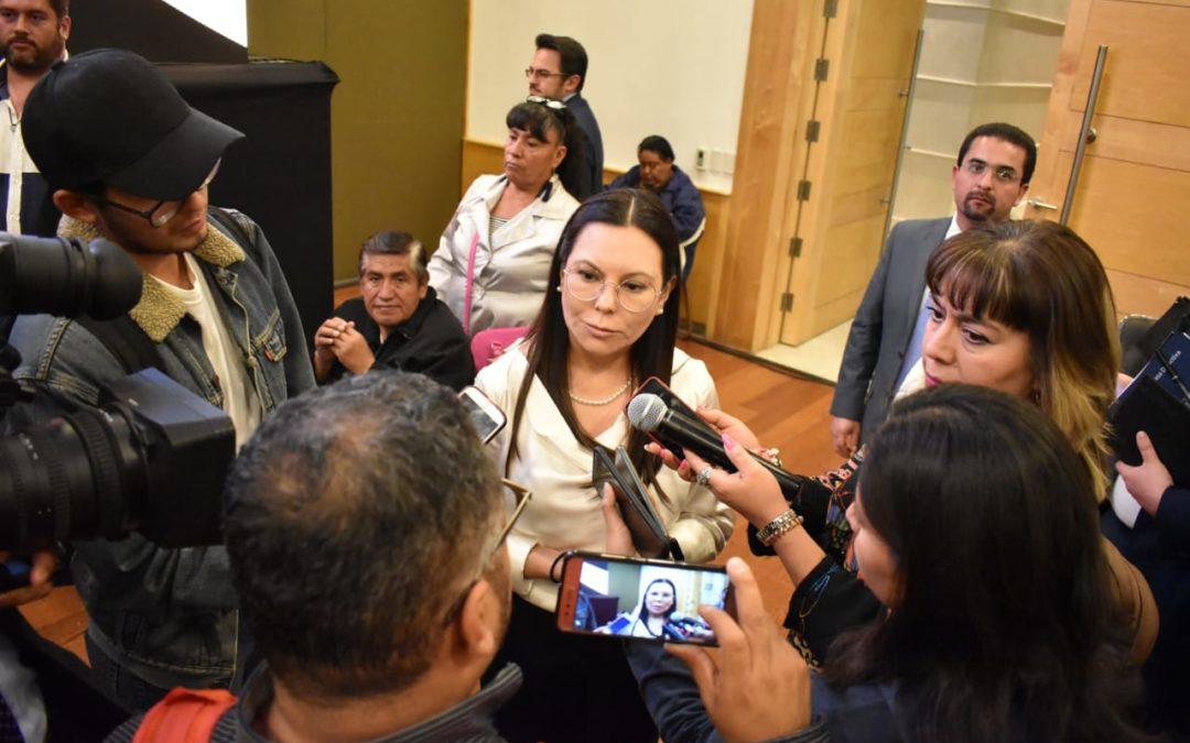 Llama Laura Rojas  a superar diferencias por el bien de México