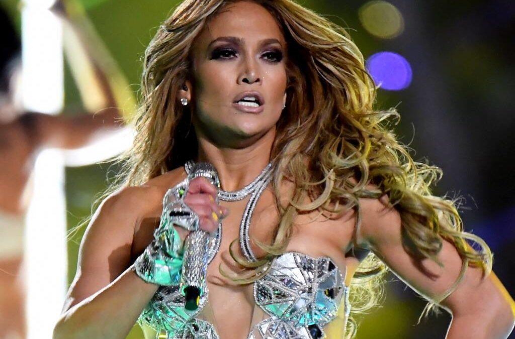 El secreto de la melena de Jennifer Lopez en Super Bowl