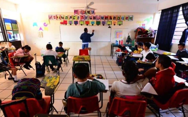 Sector educativo el último en incorporarse a Nueva Normalidad; no correrá  riesgos: Moctezuma | México Informa