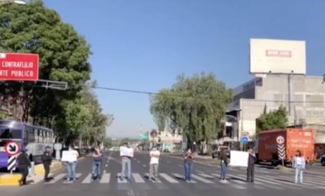 Manifestantes bloquean Eje 2 Norte por falta de agua