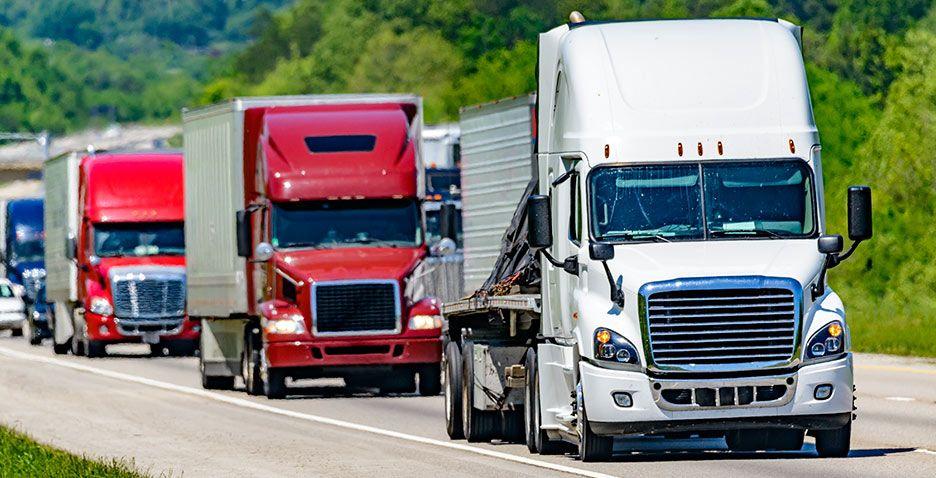 Capacita CCE a empresas sobre trámites para autotransporte federal