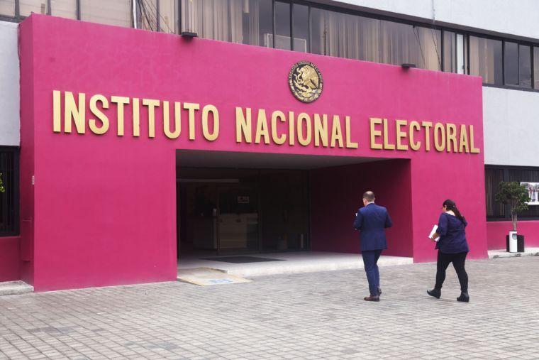 Cuatro consejeros concluyen  gestión en el INE