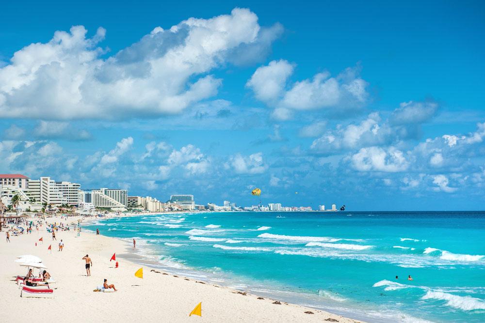 Proponen lineamientos para reapertura de playas de Cancún, a partir del 8 de junio