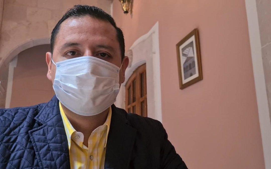 López Obrador se burla de los mexicanos al negarse a usar cubrebocas: PRD