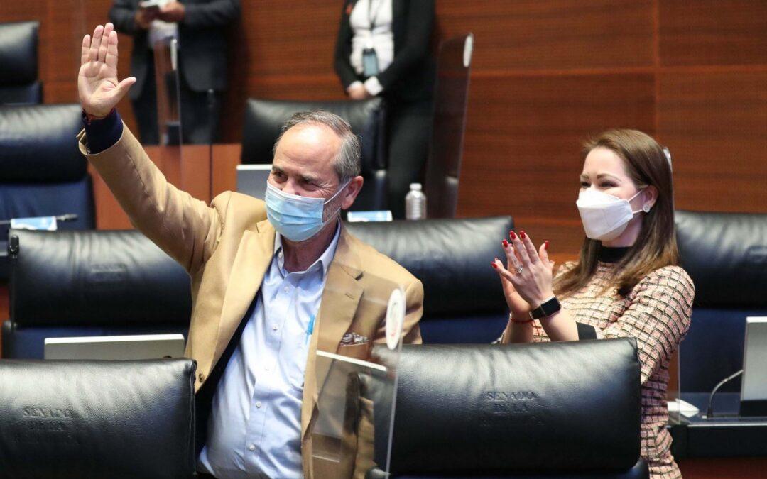 Concede el Senado licencia a Gustavo Madero