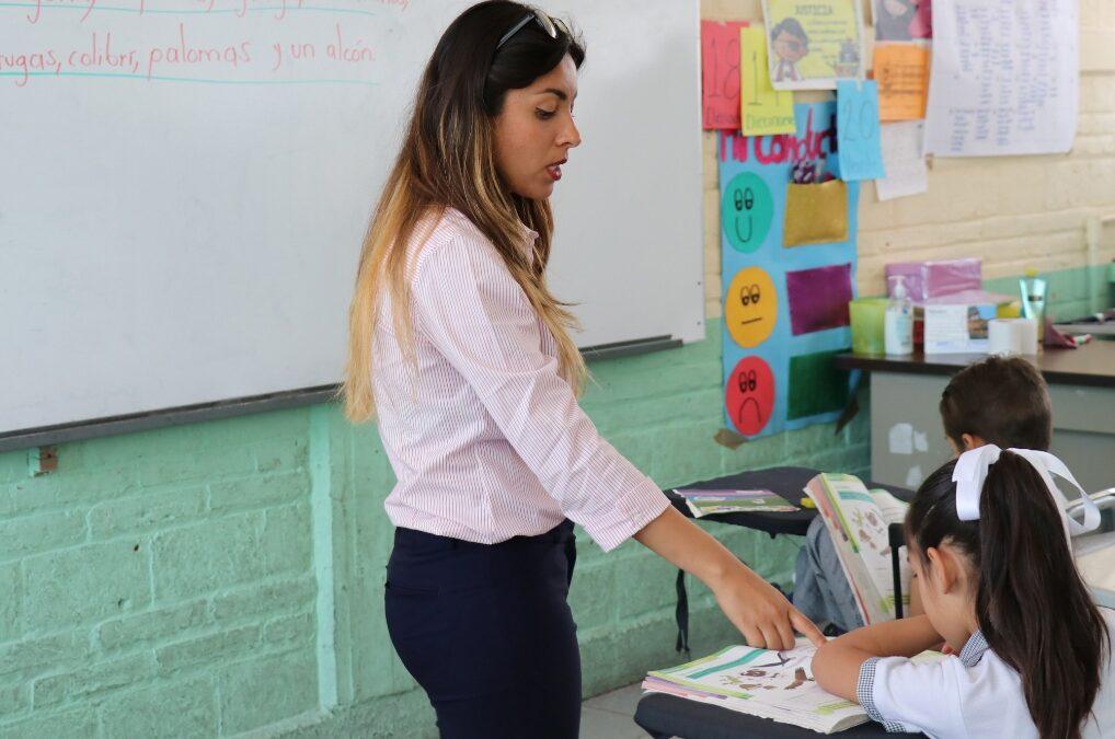 Acuerdan SEP y SNTE incremento salarial de 3.9% a maestros