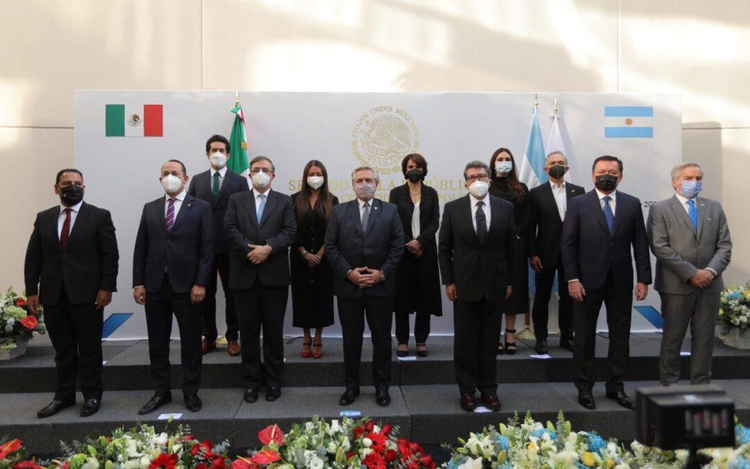 En sesión solemne Senado recibió a Presidente argentino