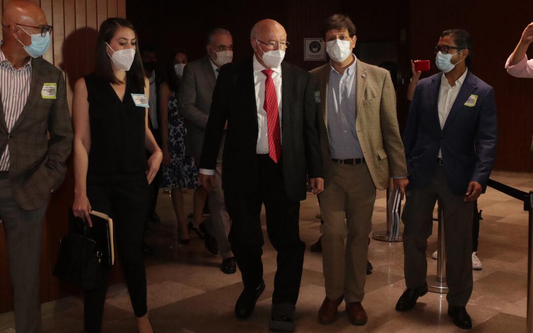 Piden diputados de Morena renuncia de Colmenares