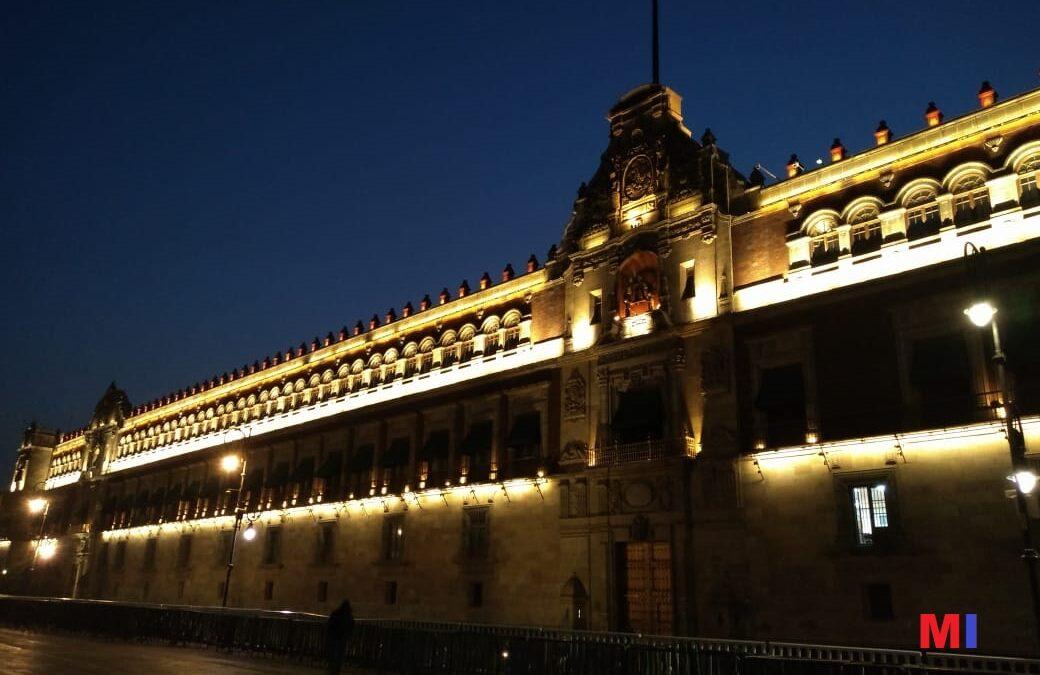 Palacio iluminado, una joya de estampa
