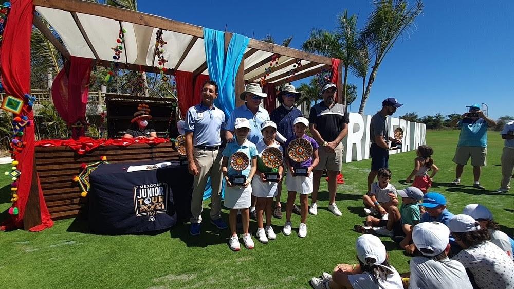 Dona Ortiz 25 mil dólares para impulsar golf infantil-juvenil