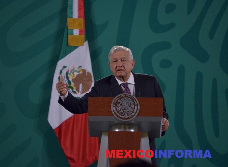 Propone López Obrador a Sheinbaum regresar a clases presenciales en junio