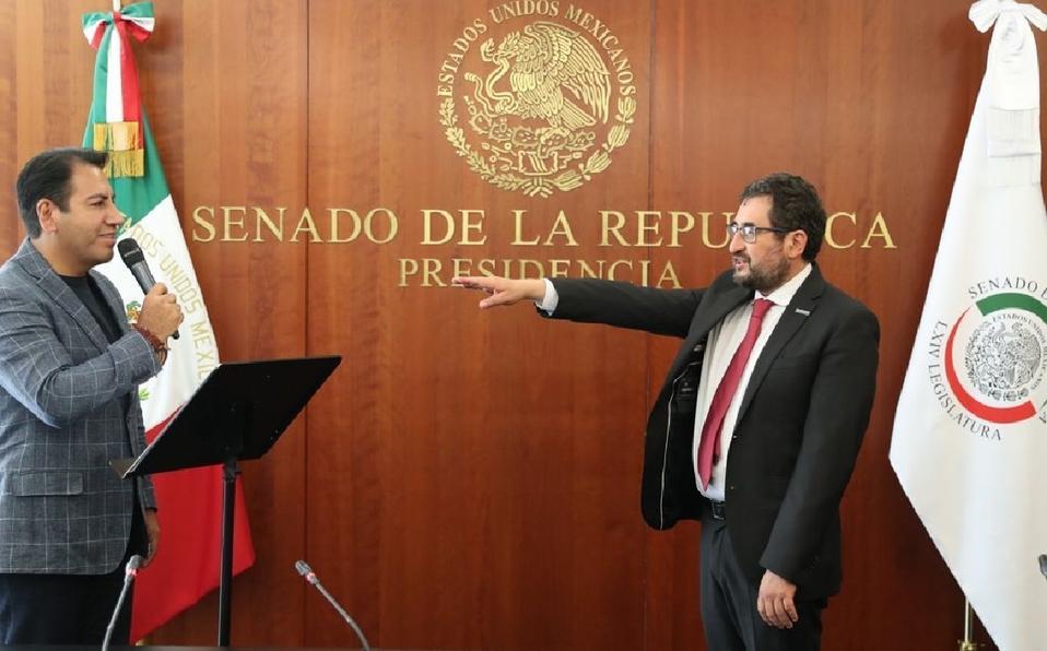Rinde protesta el senador César Cravioto en sustitución de Batres