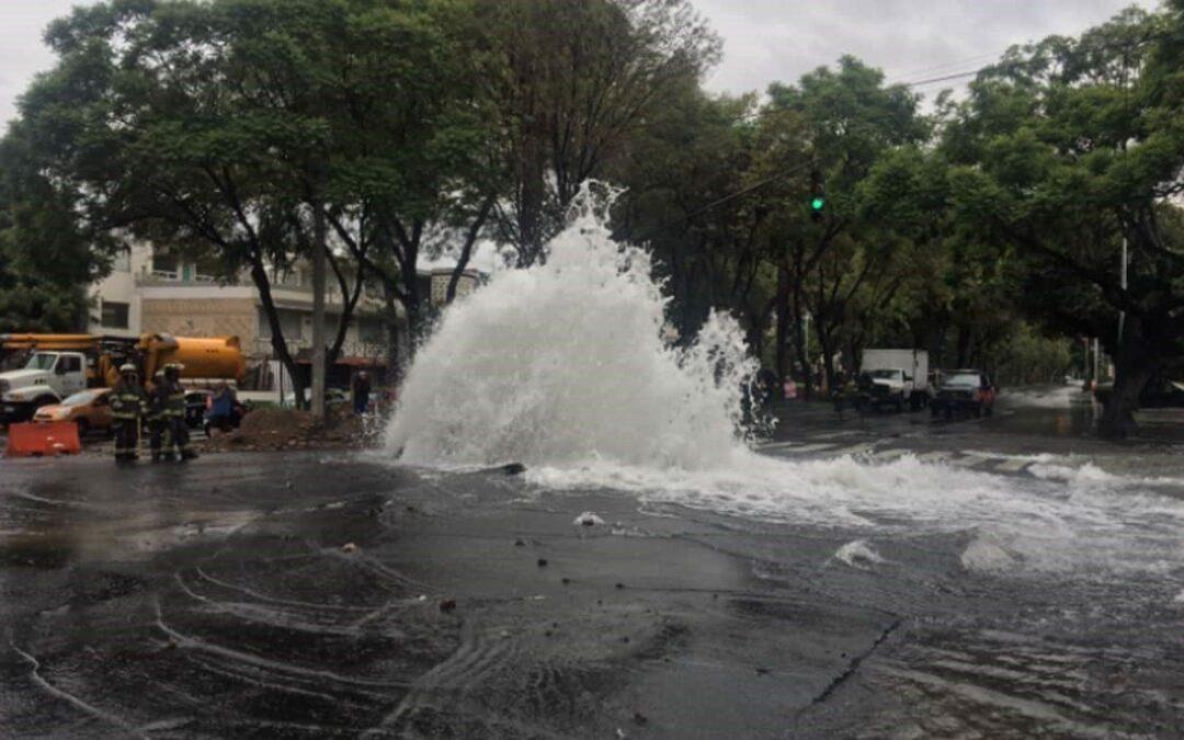 Restablecen suministro de agua potable tras fuga en  Miramontes