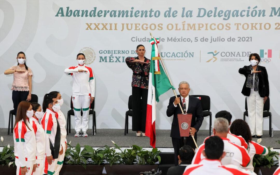 ¡Animo les va a ir bien!, dice AMLO a deportistas mexicanos en Tokio 2020
